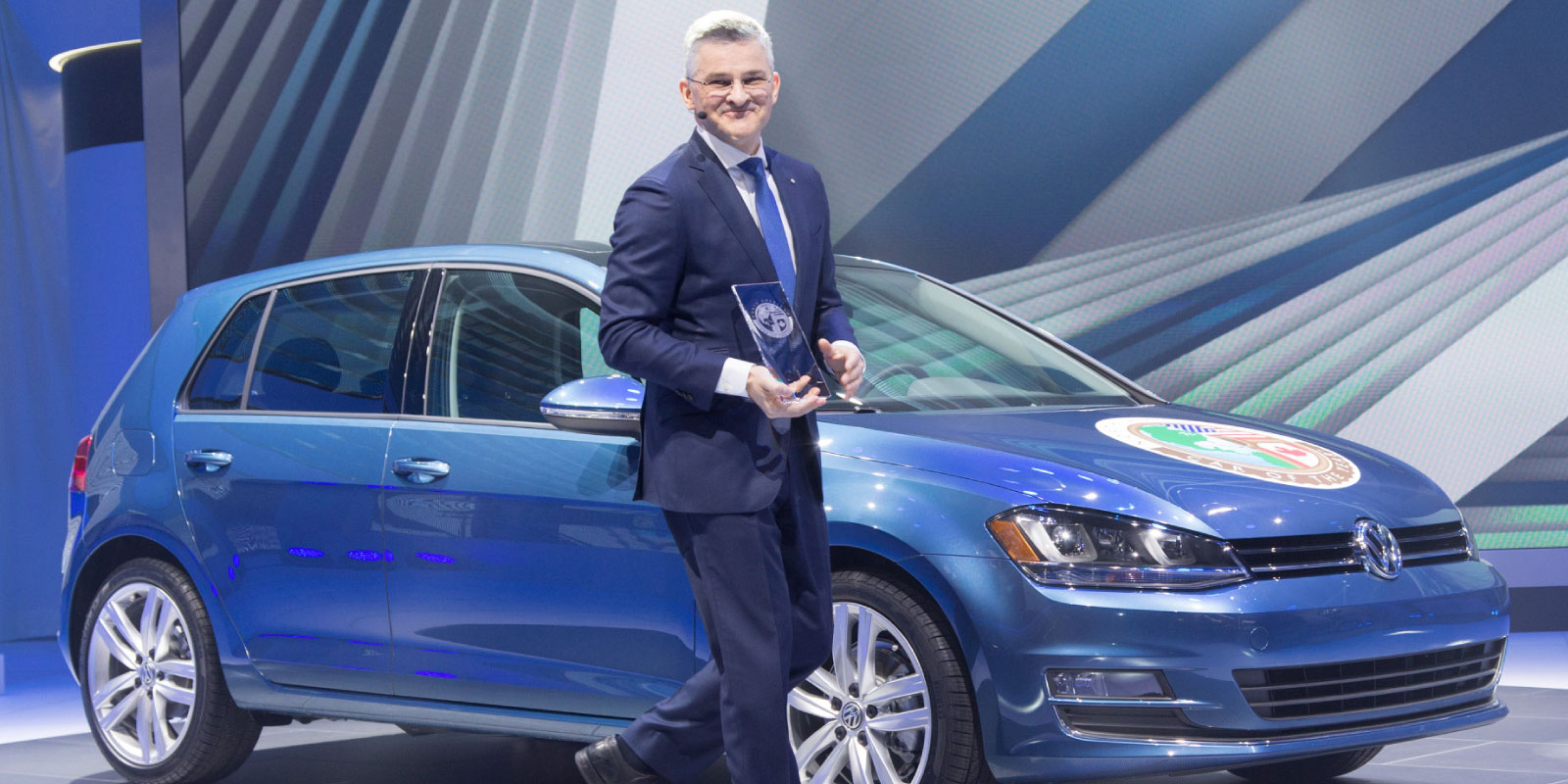 Michael Horn with 2015 North American Car of the Year (Golf)