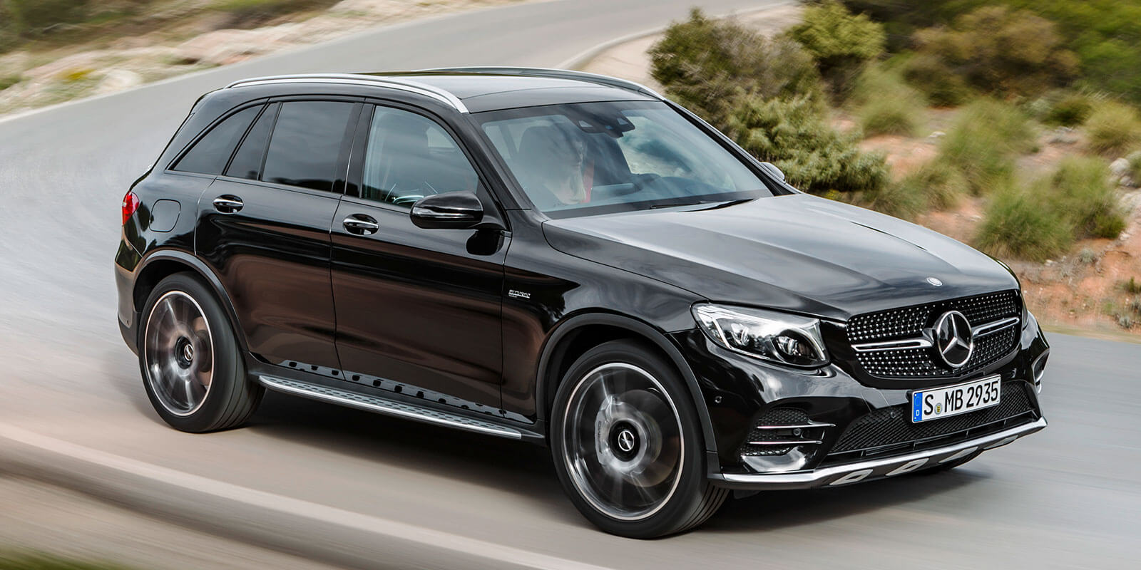 Benz charges towards global number one ranking for Suv mercedes benz