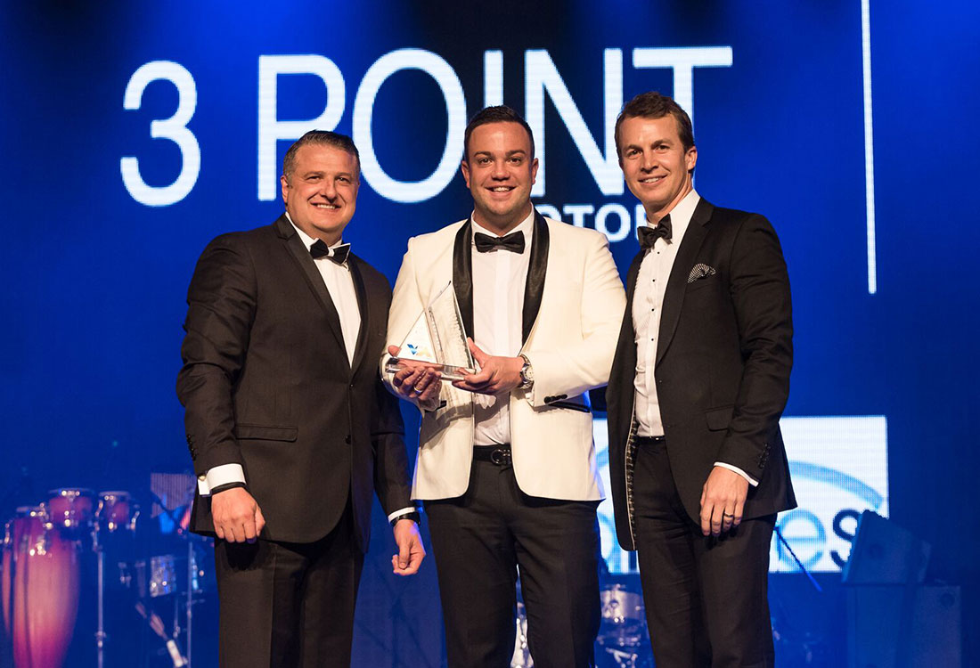 3 point to open in epping goautonews premium for Mike schmitz mercedes benz dealership